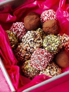 Easy home-baked Christmas gifts