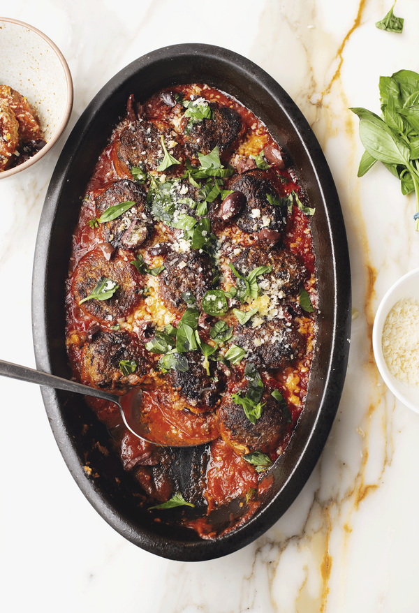 Including recipes for everything from midweek meals to weekend feasts