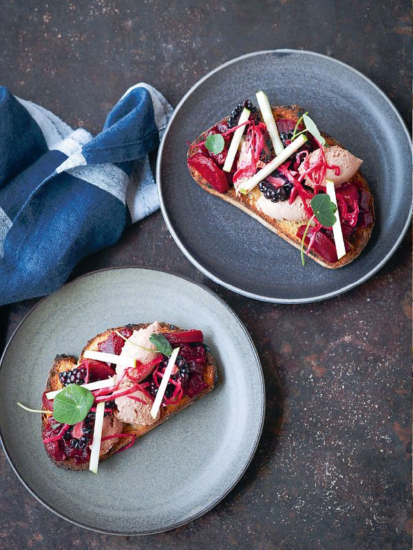 Beautiful dishes made with seasonal and sustainable ingredients