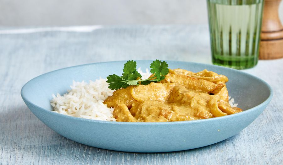 Mary Berry's Chicken Korma Recipe| Easy Midweek Dinner from Quick Cooking