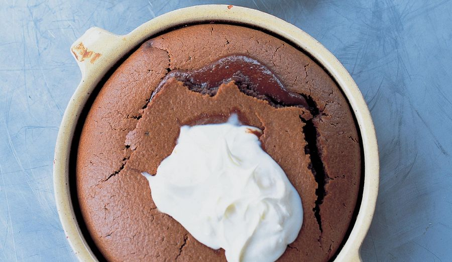Jamie Oliver's Chocolate Clafoutis with Caramelized Oranges Recipe