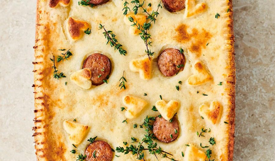 Jamie Oliver Sausage and Mash Pie | Keep Cooking Family Favourites Channel 4