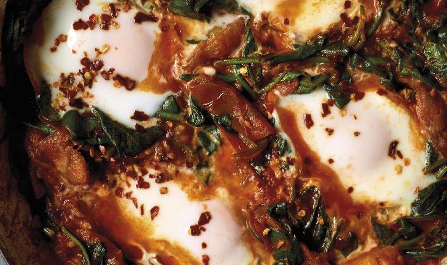 Nadiya Hussain's Smoky Spinach Shakshuka Recipe | Family Favourites