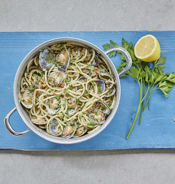 All Mary Berry Recipes from BBC 2 Series Quick Cooking   2019 - spaghetti with clams