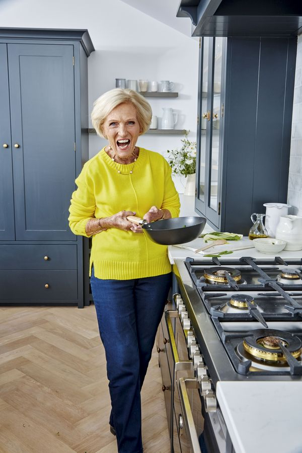 All Mary Berry Recipes from BBC 2 Series Quick Cooking   2019 - fish crumble