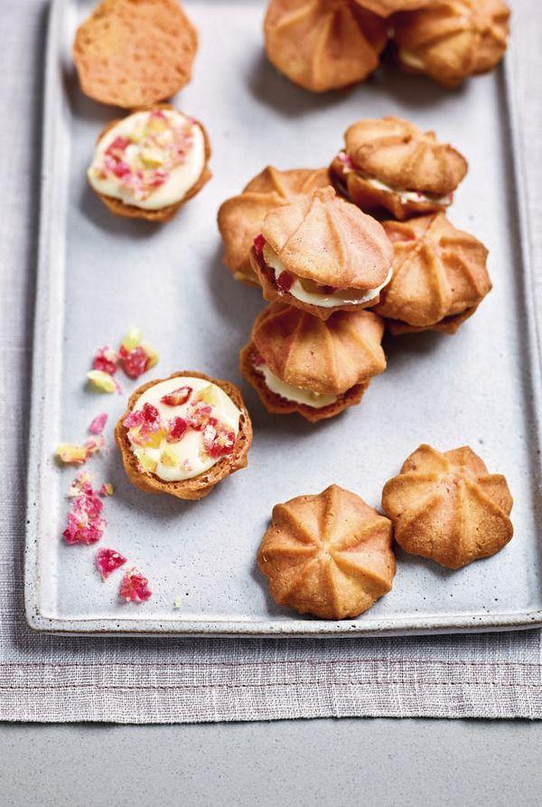Nadiya Bakes BBC2 Rhubarb and Custard Butter Kisses